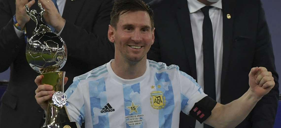 Messi ganhou o prêmio de melhor jogador e artilheiro do torneio.  Foto: AFP