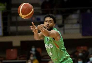 Josh Reaves, figura de la selección de baloncesto. Foto: FBB