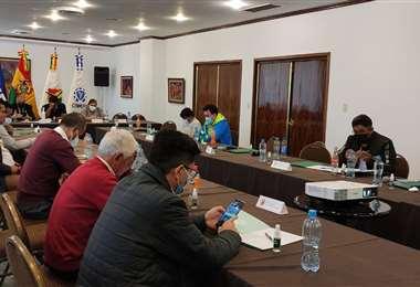 Delegados de la División Aficionados se reunieron este jueves en La Paz. Foto: FBF