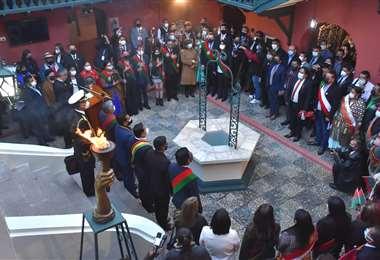 La Paz conmemora 212 años de su gesta libertaria   Foto: APG