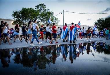 Cubanos protestan en las calles de la isla. Foto AFP