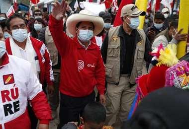 Pedro Castillo y sus seguidores