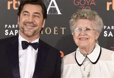 Javier Bardem (52) era muy unido a su madre, con quien estuvo en varias alfombras rojas