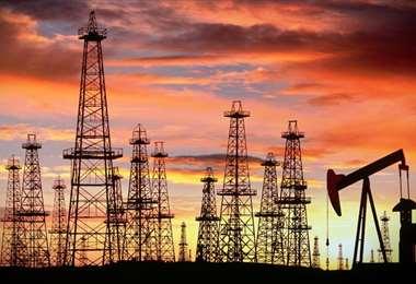 Los precios del crudo se encuentran en torno a los $us 75 por barril