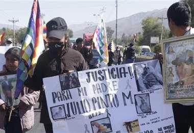 Las familias de las muertes en Sacaba marcharon hoy en Cochabamba (Foto:APG Noticias)