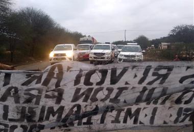 En el bloqueo de Pampa Redonda se dio un cuarto intermedio hasta este martes