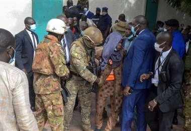 La seguridad presidencial redujo a los atacantes