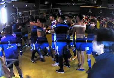 La pelea entre jugadores de Boca y agentes de seguridad en los camarines. Foto: internet