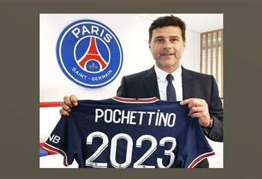 El DT Pochettino con la casaca del PSG, que lleva el número 2023. Foto: PSG