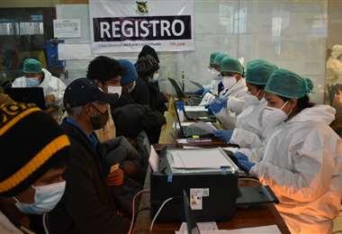 La vacunación en El Alto I APG Noticias.