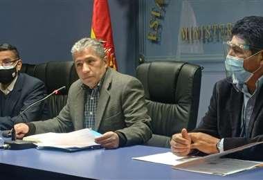 Edmundo Novillo, ministro de Defensa I Facebook.