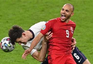 Inglaterra-Dinamarca fue una semifinal muy equilibrada. Foto: AFP