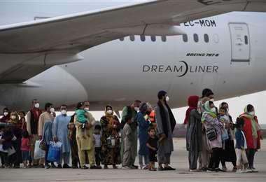 Afganos procedente de Kabul llegan a España/Foto: AFP