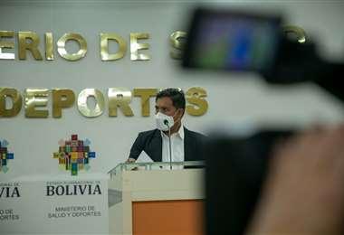 Auza en conferencia de prensa I Salud.