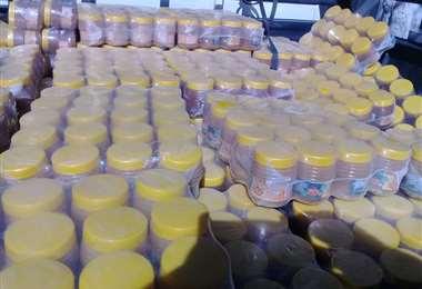 En puestos de control de Campo Pajoso (Yacuiba) y San Antonio se incauta miel