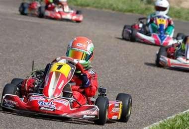 Cerca de 60 pilotos participaron de la competencia. Foto: Agencia Sport