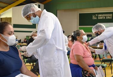 Bolivia superó las seis millones de dosis aplicadas este martes/Foto El Deber.