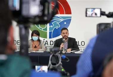 Eduardo Del Castillo y Nadia Cruz I Gobierno.