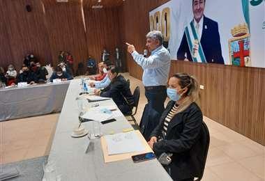 Las autoridades municipales durante la presentación del proyecto