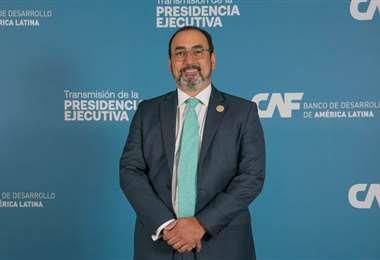 Sergio Díaz-Granados, nuevo presidente de la CAF