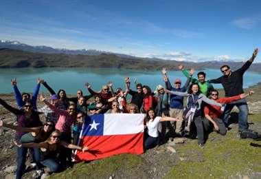 Chile autoriza el ingreso de turistas
