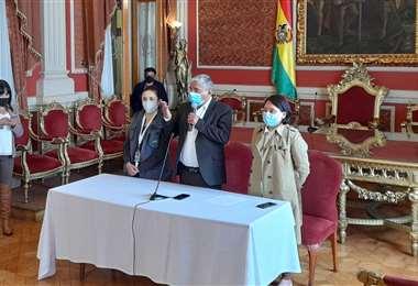 La conferencia de prensa de Arias I AMN.