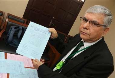 Oswaldo Ulloa denuncia situaciones graves en la elección. Foto: JC. Torrejón