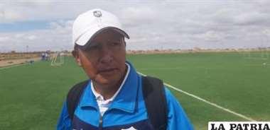 Luis Choque, DT interino de San José.