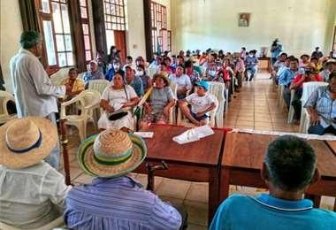 Tras cuarto intermedio, indígenas prosiguen con el debate. Foto: #GranMarchaIndígena