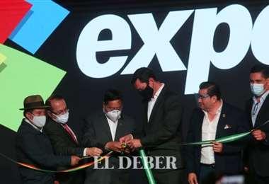 El Presidente tuvo que desatar el nudo del rozón para inaugurar la Expoferia