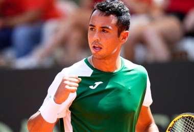 Hugo Dellien ganó el primer punto para Bolivia. Foto: Copa Davis