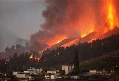 Imágenes del volcán en plena erupción