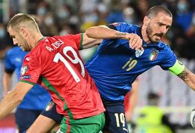 Atanas Iliev (19) marcó el gol de Bulgaria. Foto: AFP