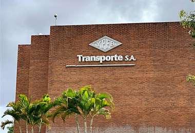 Sede de YPFB Transporte, en Santa Cruz (Foto: Archivo)