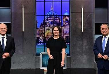 Olaf Scholz, Annalena Baerbock y Armin Laschet  en el debate televisivo