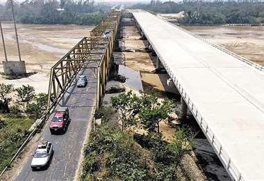 El gobierno dice que recursos del estado impulsa a Santa Cruz/Foto: Fuad Landívar