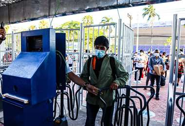 El uso de barbijo es obligatorio para ingresar a la Expocruz (Foto: Fexpocruz)