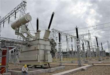 Bolivia registra excedente de energía eléctrica para exportar /ABI