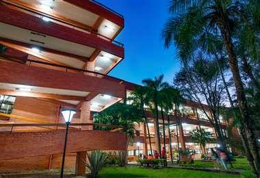 La UPSA es la mayor contribución de la institucionalidad cruceña a la educación superior