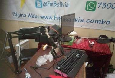 Las oficinas de la radio FMBolivia I Facebook.