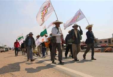 Marcha Indígena pasa por Cuatro Cañadas. Foto: Néstor Lovera