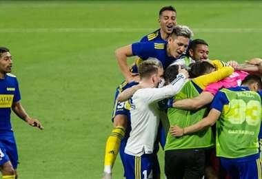 El festejo de los jugadores de Boca tras el triunfo por penales. Foto: Internet