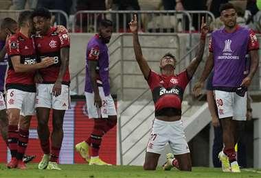 El festejo de Bruno Henrique hizo los dos goles de Flamengo. Foto: AFP
