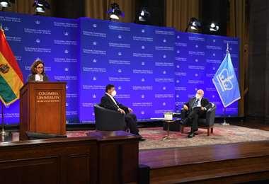 Arce y Stiglitz conversaron en la universidad de Columbia