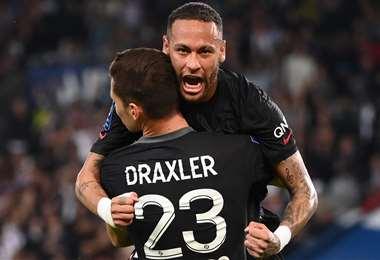 Neymar festeja el gol de Draxler ante Montpellier. Foto: AFP