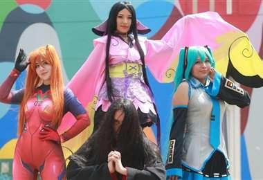 Fans del Anime en Santa Cruz, verdaderos cosplayers (Foto: Fuad Landívar)