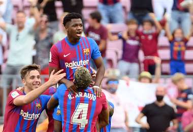 Ansu Fati marcó el tercer gol del Barcelona este domingo ante Levante. Foto. AFP