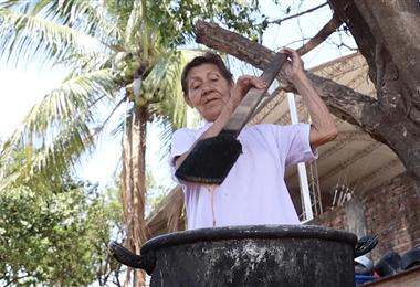 Justina Ordoñez, productora de jalea artesanal
