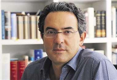 El autor colombiano Vásquez