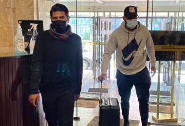 Llegada de los jugadores al hotel de concentración en La Paz. Foto: FBF